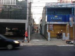 Alugo casa na governador jose malcher nos altos de 2 quartos- vila fechada