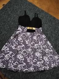 Vendo vestidos 20 reais cada