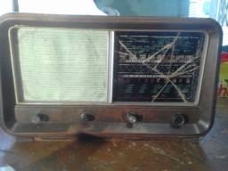 Radio antigo pra galpao