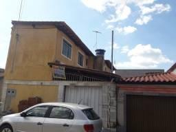 Título do anúncio: 2 casas ambas 2 quartos  4 vagas na garagem