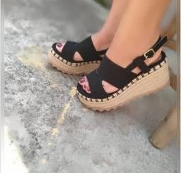 Sandálias couro legítimo