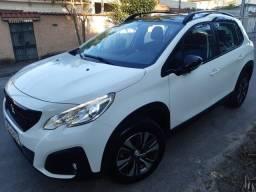 Título do anúncio: Peugeot 2008 com apenas 2 mil km 2022