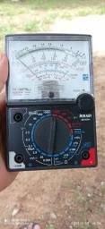 Multímetro analógico