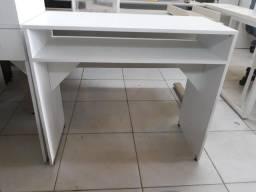 Vendemos ou fabricamos mesa para manicure na escritope de Carpina