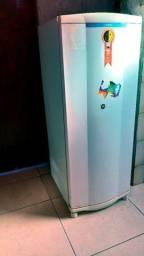 Geladeira Consul 300 degelo seco 220V