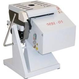 Masseira Basculante 5 kg MBI-05 NR12 Gastromaq - Bivolt Automático