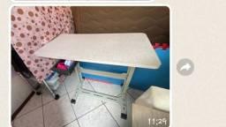 Título do anúncio: Mesa para máquina  doméstica