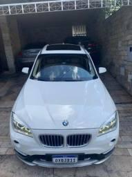 BMW X1 sdrive 20i + Teto Solar