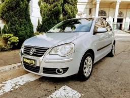 Volkswagen Polo Sedan 1.6 Kilometragem Baixa Flex Prata Completo 2008