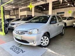 Toyota Etios 1.3 flex Completo
