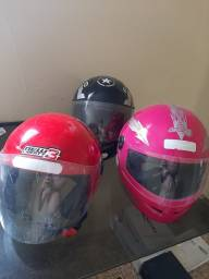 Título do anúncio: 03 capacetes