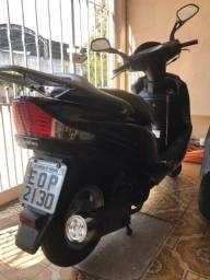 Título do anúncio: Suzuki burgman injetada