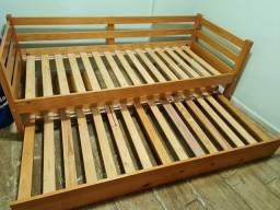 Bi cama solteiro em Madeira
