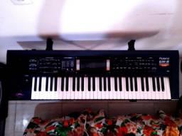 Teclado Roland GW-8
