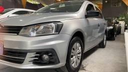 VW Voyage trend 1.6 2018  ( COM GNV )