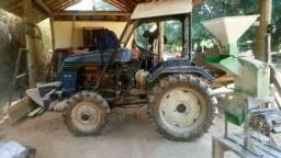 Trator importado 23 HP, 4x4