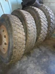 Vendo 4 pneus 1200 do 4144 seme novos