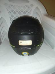 Vendo capacete usado poucas vezes