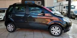Fiat - Idea Attractive 1.4 Flex Completa * Air Bag * ABS * Som - 2013