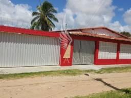 Casa com 3 quartos em Pitangui