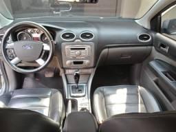 Ford Focus Hatch Titanium 2.0 Automático Flex Prata 2011