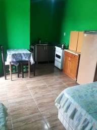 Loco quartos com banheiro e kit net