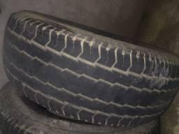 Oferta 4 pneus meia vida medida 235/70/16