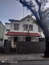 Casa frente de rua com vaga - Tijuca
