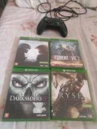 Vendo um controle com 4jogos do Xbox one