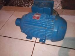 Motor bifásico de 2 CV WEG