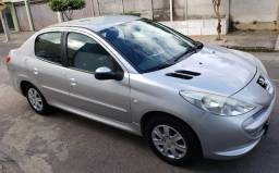 Peugeot 207 Sedan Passion XR 1.4 Flex 8V 4p 2012/13