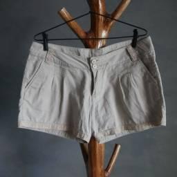 Short de algodão com renda laise