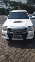 Toyota Hilux CD 4x4 turbo 2 Dono Pouco radada