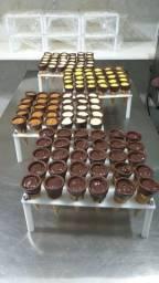 Suporte para cones de chocolate