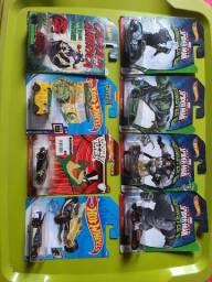 Lote Hot Wheels com 8 miniaturas temáticas raras e lacradas!