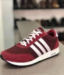 Tênis Adidas vermelho (Frete Grátis)