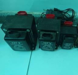 Título do anúncio: Vendo três Transformadores de 2000, 1500 e 500 VA