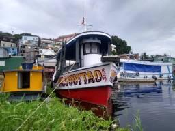 Barco de pesca completo com tudo Ok !