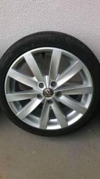 Título do anúncio: Troco pneu 205 45 17 por 195 40 17