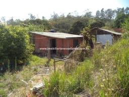 Oportunidade, Chácara com 2.000 m² com casa 02 dormitórios, fica em Piedade SP
