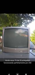 Tv de 20 polegadas funcionando perfeitamente por 200