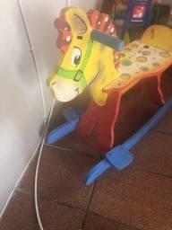 Vendo cavalinho de brinquedo