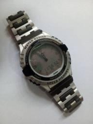 Relógio Casio EB-2008