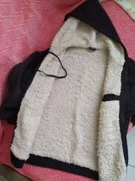 Blusão todo forrado por dentro. Ideal para épocas frias.