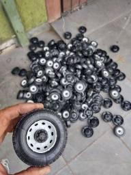Rodas e acessórios para miniatura Caminhão / Trator