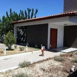 JE Imóveis vende: Casa na Zona Leste com 3 suítes, porcelanato, móveis planejados