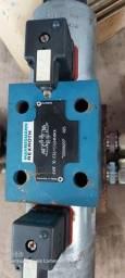 Título do anúncio: Valvula direcional Rexroth 4WE10 E32/CG24N9K4 duplo solenoide