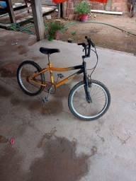Título do anúncio: Bicicleta super conservada