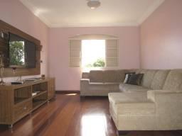 Título do anúncio: Apartamento à venda, 4 quartos, 1 suíte, 1 vaga, São José - Divinópolis/MG