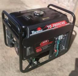 Gerador de energia à gasolina 2,5 kva potência de 6,5 hp monofásico 4 tempos - TG2800CXE -